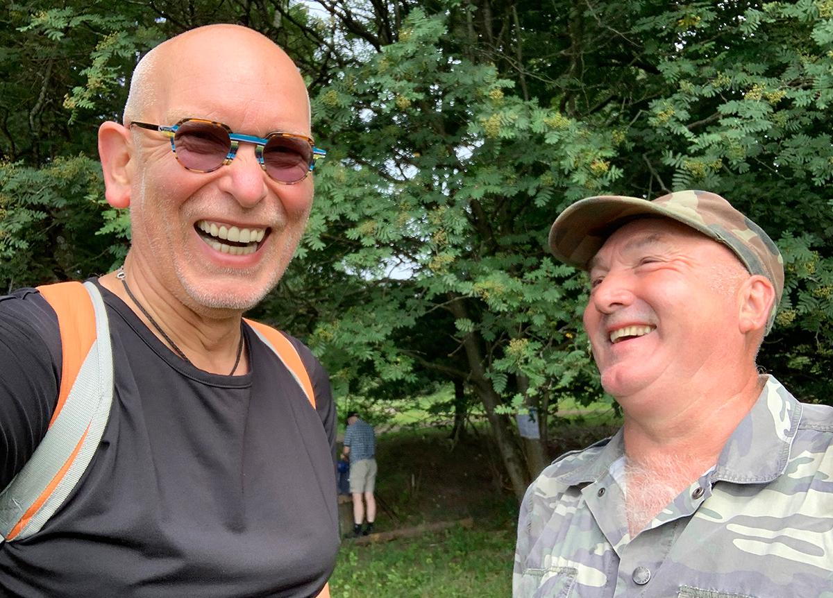 Wandern und Waldbaden mit Klaus Koch (rechts) und Ralf Baumgarten